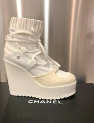 NIB CHANEL Ivory Runway Fall-Winter 2019-20 TweedPatent Calf Lace Up 37.5 39