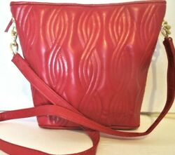 NEW Classic Red Faux Leather Stitched Body Large Bucket Style Shoulder Handbag