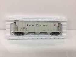 Atlas #2002553 1 Great Northern 3 Bay PS 2 Covered Hopper 2 Rail O Scale New $59.95