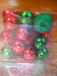 NWT Yankee Candle Decorative Fill Red amp; Green Jingle Bells amp; Ornaments Unscented $14.99