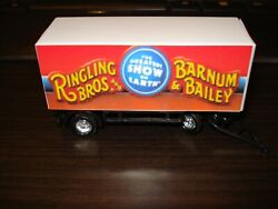 HO Scale Ringling Brothers Red Circus Wagon $8.99
