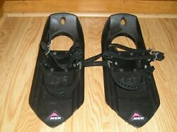 MSR Youth Kids Snowshoes Black 17quot; X 7quot; $79.95