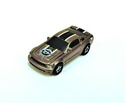 MINT 2005 DELUXE STYLE MUSTANG W OPENING HOOD TRUNK HASBRO MICRO MACHINES NEW $15.00