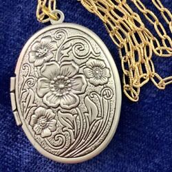 ETCHED FLOWER LOCKET PENDANT NECKLACE SILVER GOLD TWO TONE METAL VINTAGE CHAIN $26.99