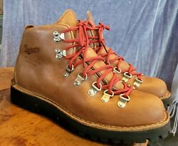 NEW Women#x27;s Danner Mountain Light Cascade Hiking Boot Size 8 M Red Lace W Bag $299.00
