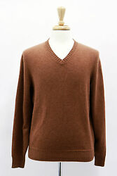 .NWT $1840 Brunello Cucinelli Men's Brown Cashmere V-Neck Sweater Size 5040 US