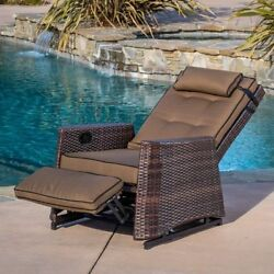 Brown Wicker Outdoor Recliner Rocking Chair Glider Pool Patio Garden Lake Cabin