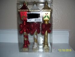 Christmas Lamp Post Ornaments Bow Holly Decoration $9.99