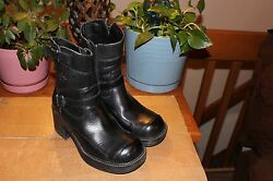 Women#x27;s Harley Boots Double Buckle Side Zip Style Gypsy Black Boot 85303 SZ 5.5 $54.00