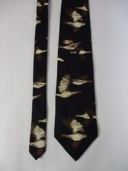 Field & Stream Necktie Flying Birds Mens Novelty 100% Silk Black