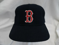 Vtg Boston Red Sox ball cap by New Era USA Size 7-14 100% wool used