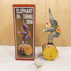 Vintage NOS 40 yr old Tin Litho Toy Wind Up 11quot; Circus Elephant on Drums w Key $23.77