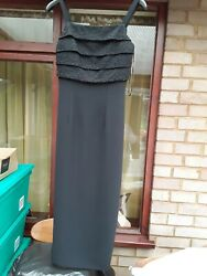 Black evening dress length 46inches size 810 $6.31