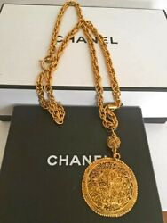 Gorgeous Chanel Cc Medallion Runway Necklace Retail $1795.00 Chanel Box