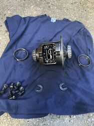 Ford 8.8 Traction Lok 28 Spline POSI Ranger Mustang Differential Axle Carrier
