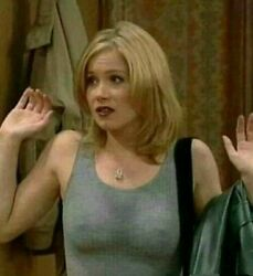 Christina Applegate With Her Hands Up 8x10 Picture Celebrity Print