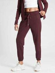 Athleta Recover Bounce Back Jogger SweatpantsBurgundy SIZE M #487575 T0315 $61.59
