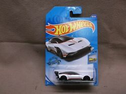 HOT WHEELS WHITE 2020 #88 ASTON MARTIN VULCAN EXOTIC SPORTS CAR SCCA ROAD RALLY $3.00