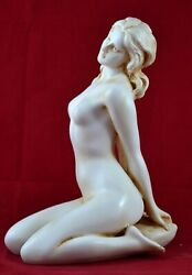 Nude Female Greek Muse Goddess Venus Aphrodite Statue Marble Aged Patina