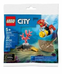 Lego City Ocean Diver Polybag Set 30370 with NEW SPOTTED RAY 2020 $9.45