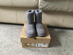 Ugg little girls boot classic grey size13 $65.00