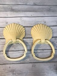Vintage Homeco Plastic Wicker Shell Wall Set Of 2 Hanging Towel Holder Ring $19.99