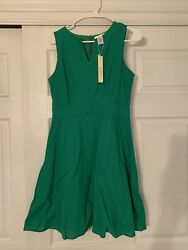 Emerald Green Dress Small With Pockets Knee Length $26.00