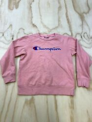CHAMPION WOMEN SIZE MEDIUM EMBROIDERED SPELLOUT PINK CREW NECK SWEATSHIRT $14.39