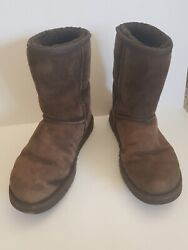 UGG Womens Boots Size 8 $24.99