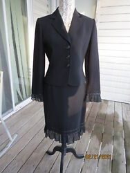 Tahari 2 pc skirt suit Black New withoutb tags Gorgeous Size 6 $59.99