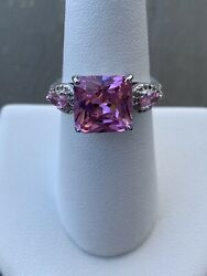 Ring Bomb Party Size 7 Pink And White Topaz Ring $21.00