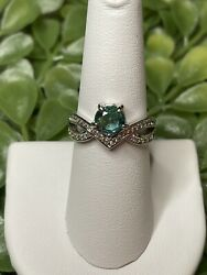 Ring Bomb Party Size 7 Lime Ombre Crystal Ring $21.00