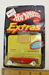 MATTEL HOT WHEELS EXTRAS 31 DOOZIE WHITE WALL ON CARD 1980 4342 $24.99