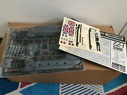 Matchbox Boeing Vertol Chinook Helicopter British Royal Air Force Military 1 72 $20.00