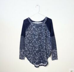 FREE PEOPLE size small Bed of Roses floral side zipper top $17.99