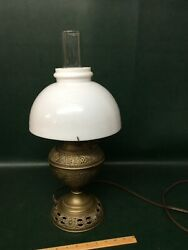 Bamp;H Bradley Hubbard Parlor Table Lamp Electrified Brass Embossed Antique Shade $95.00