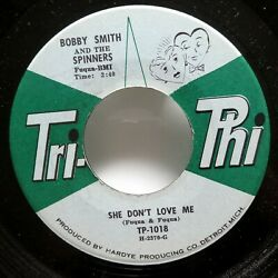 BOBBY SMITH Spinners 45 She dont love me  Too young too much TRI-PHI VG++ c3435