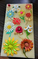 GORGEOUS VINTAGE FLOWER BROOCH PINS..LOT OF 12  VERY GOOD CONDITION