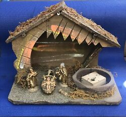 Rare Unique Vintage Made In Italy Musical Wooden Nativity Scene