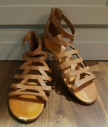 Bamboo Gladiator Sandles Brown Zip up Womens Size 7