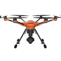 Yuneec H520 Hexacopter Drone with ST16S E90 UHD 4K Camera $2988.00