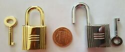 Two Lady purse lock with key brand new condition $9.98