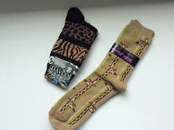 2 PAIRS WOMENS NOVELTY SOCKS GIRAFFE ANIMAL PRINT *FUN amp; CUTE *BROWN TAN *NWT $10.79