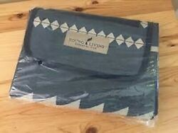 Young Living Essential Oils Blue YL-Branded PICNIC BLANKET New Unopened Package $12.52