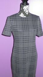 New Theory Runway sz 4 Rijik Dress structured knit navy short sleeve women