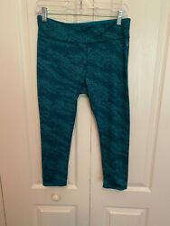 Women's Spalding speed dry active wear capri pants stretch work out size M $14.48