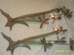 2 VINTAGE WALL HANGING PIECES WOOD BASE METAL STEM FLOWER THEME $33.99