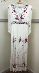 Chicwish Size S Embroidered Maxi Creme Color Bohemian Dress New With Tags $31.11