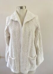 Vintage Chenille Woman's White Jacket Size Small with pockets $48.00