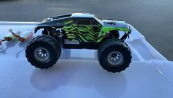MicroX Racing 1 24 Micro Desert Monster Truck Ready to Run RC Remote Contro USED $64.95